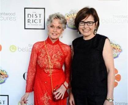 OPI und Bellacures ehren Tippi Hedren für die Transformation der Nagelindustrie