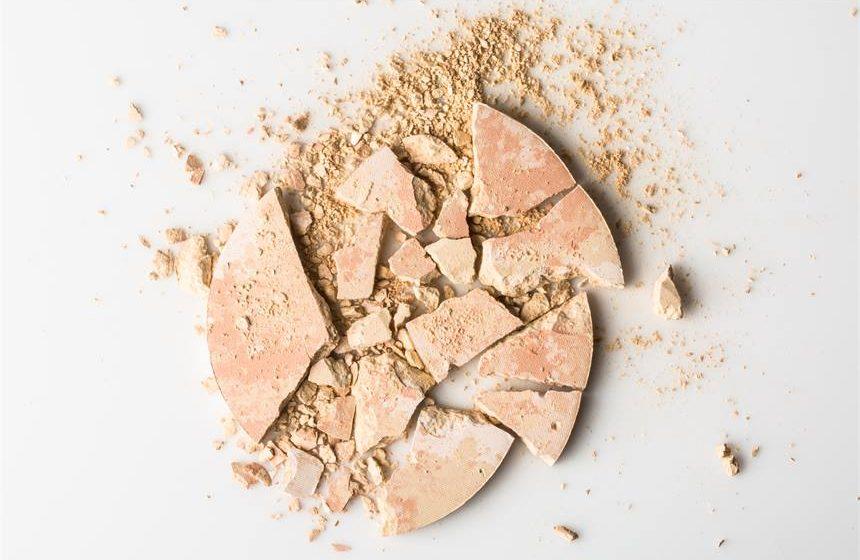 Haltbarkeit: Verfallsdatum und Punkt nach dem Öffnen der Kosmetik
