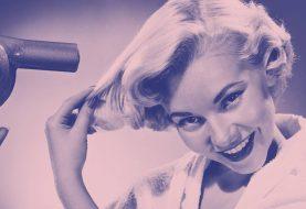 Deshalb sollten Sie Ihr Haar nach dem Duschen niemals föhnen