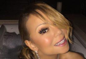 Mariah Carey war noch nie so fabelhaft wie sie in dieser Badewanne Selfie ist