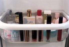 Dies sind die Beauty-Produkte, die Sie im Sommer in Ihrem Kühlschrank aufbewahren können