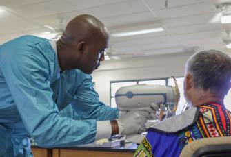 Handheld-Röntgengeräte: Sind sie sicher und einfach zu bedienen?