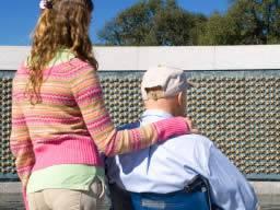 18.000 Veteranen, die zahnärztliche Behandlung erhalten, sind Hepatitis B, Hepatitis C und HIV ausgesetzt